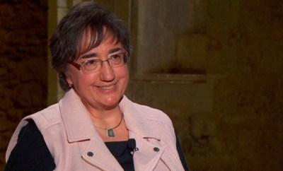 Dra. Pilar Bayer