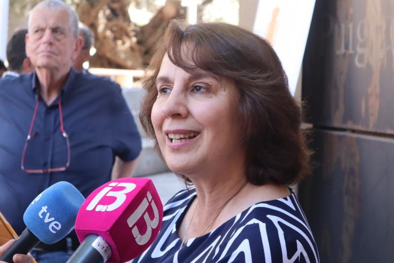 Rosalia-Arteaga-rueda-de-prensa-en-Valldemossa-Mallorca