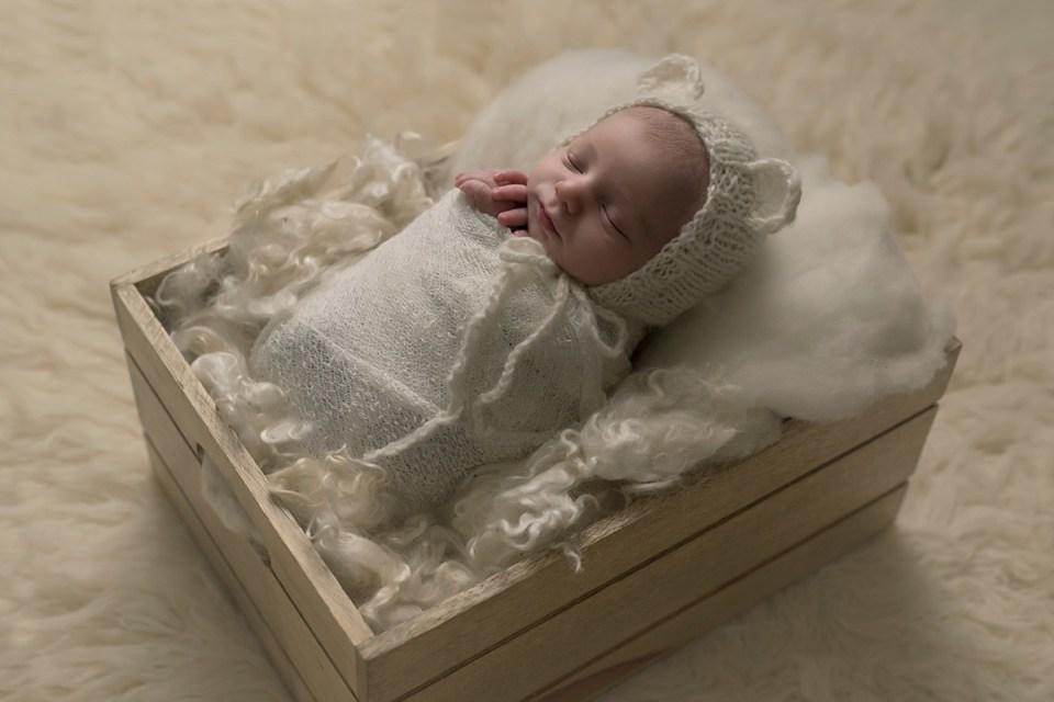 Newborn Baby Boy Photos   Stettler Photographers  _0113.jpg