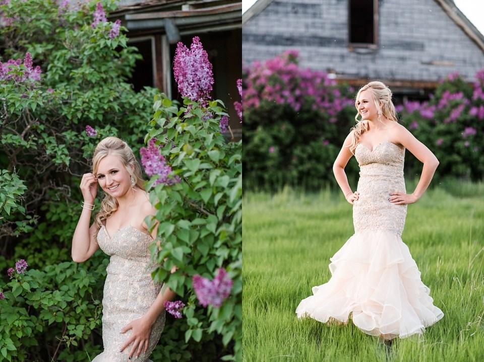 Country grad photos | Stettler Photographers | Raelene Schulmeister Photography | Grad photo ideas | photos in grad dress
