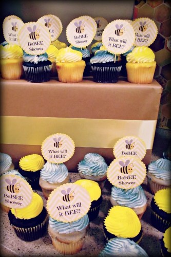 Bee Themed Baby Shower // Favor Ideas // Free Printables