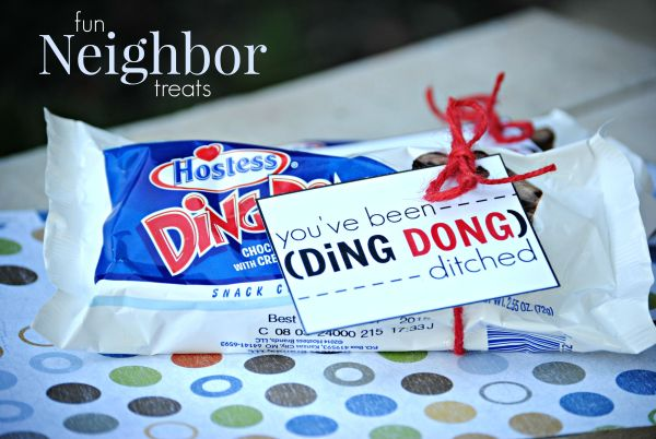 Ding Dong Ditch your Neighbors with this cute treat