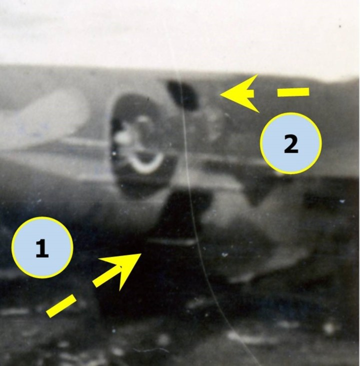 mosquito - roundel and hiles in side