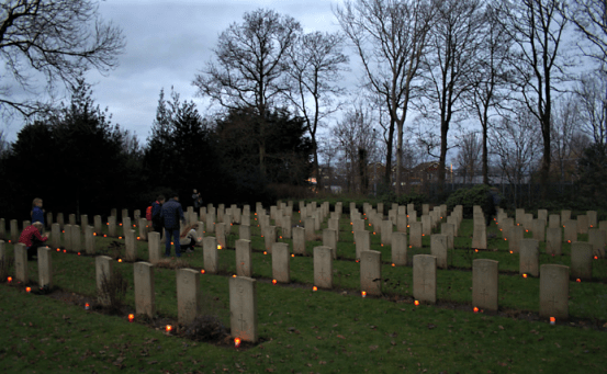den burg war cemetery, december 24 2018