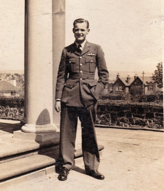 hugh Baker, 97 Squadron