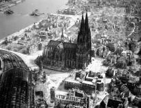 cologne ruins 1945