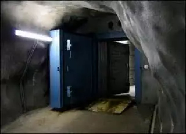 Bunker preparado para o dia 09/09/09