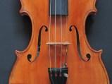 Violin, by R. Melenchon