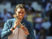 De retour sur terre, Nadal enquille les titres. Il s'incline certes en finale à Monte-Carlo contre Djokovic, mais s'impose à Barcelone, Madrid et Rome. Avant Roland-Garros, il a disputé huit tournois: six titres et deux finales.
