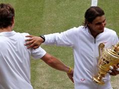 Accolade en passant avec Tomas Berdych. Tombeur de Federer, le Tchèque ne peut empêcher Rafael Nadal de conquérir son deuxième Wimbledon. Victoire en trois sets en finale (6-3, 7-5, 6-4). A 24 ans, il totalise huit titres du Grand Chelem. Plus que McEnroe et Wilander. Autant que Lendl et Connors.