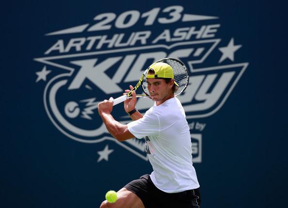 Rafael Nadal Fans - New York - US Open 2013 (6)