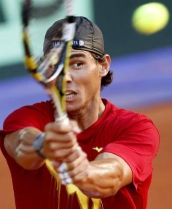 Davis Cup - Rafael Nadal practicing in Madrid (9)