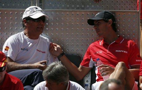 Rafael Nadal beats Sergiy Stakhovsky 60 60 64 Davis Cup (22)