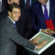 Rafael+Nadal+Rafa+Nadal+Receives+Marca+Award+RjJvNl6ggGvl