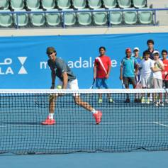 Rafael Nadal At Kids Clinic In Abu Dhabi (1)