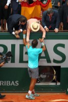 Rafael Nadal is congratulated by his girlfriend, family, friends and the rest of team (2)