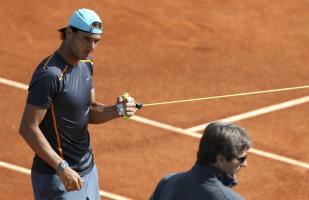 Rafael Nadal in training ahead of Madrid Open second round clash against Steve Johnson