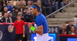 Rafael Nadal celebretes point in the Hamburg Round 2 against Vesely