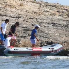 Rafael Nadal enjoys time off from tennis with friends (3)