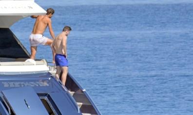 Rafael Nadal short holiday on yacht in Spain (6)