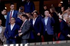 GRAF7769. MADRID, 03/05/2018.- El tenista Rafael Nadal (c) en el palco antes del partido entre el Atlético de Madrid y el Arsenal de vuelta de semifinales de la Liga Europa que se disputa esta noche en el estadio Wanda Metropolitano . EFE/ JuanJo Martin