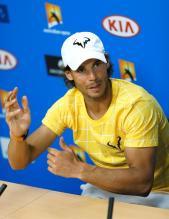 El tenista español Rafael Nadal da una rueda de prensa tras perder ante su compatriota Fernando Verdasco en su partido de primera ronda del Abierto de Australia de tenis en Melbourne, hoy, 19 de enero de 2016. EFE/Made Nagi