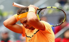 MADRID, SPAIN - MAY 07: Rafael Nadal of Spain reacts against Andy Murray of Great Britain in their semi final match during day eight of the Mutua Madrid Open tennis tournament at the Caja Magica on May 07, 2016 in Madrid,Spain. (Photo by Clive Brunskill/Getty Images)