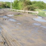 Carretera 51B vía a Puerto Colombia a punto de colapsar