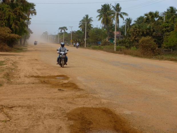 Viaggio tra Cambogia e Vietnam: la principale strada della Cambogia