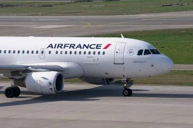Volo in ritardo: Air France