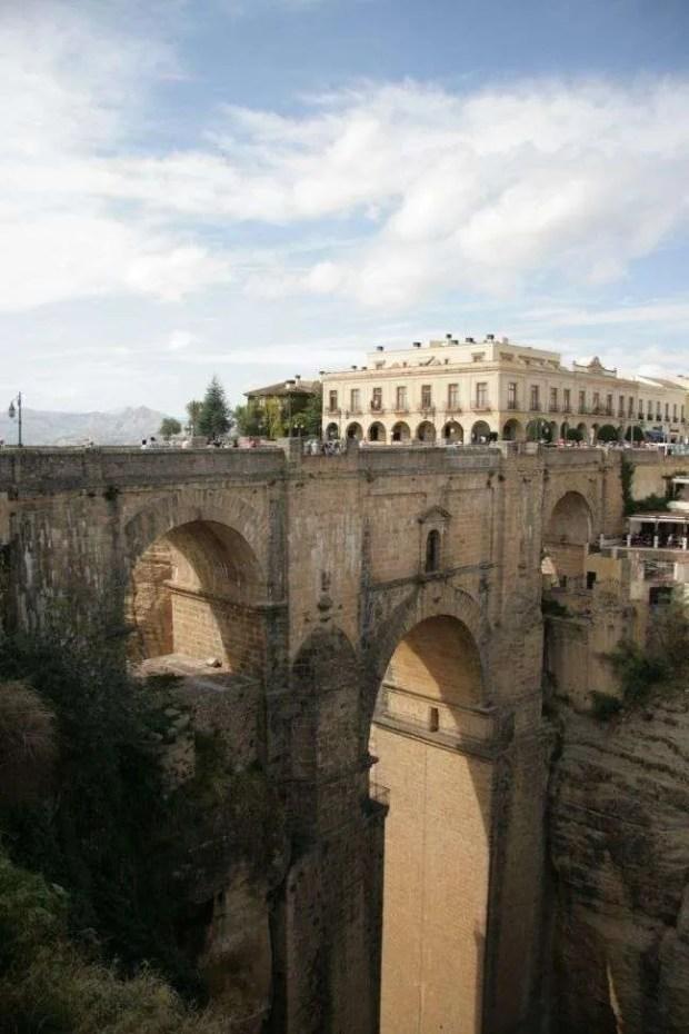 Cosa visitare a Ronda: il ponte che divide Ronda