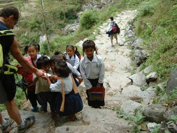 Circuito dell'Annapurna - Bambini curiosi