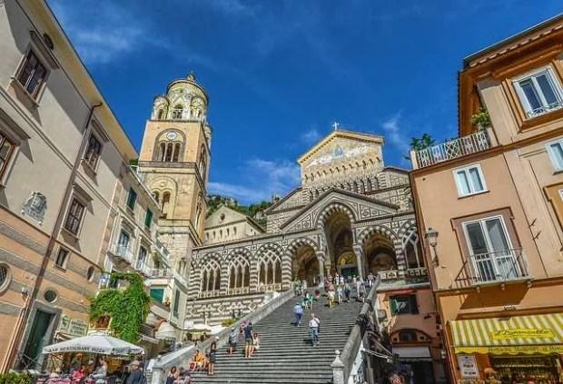 La costiera amalfitana in bassa stagione: Il Duomo di Amalfi - Foto Pixabay