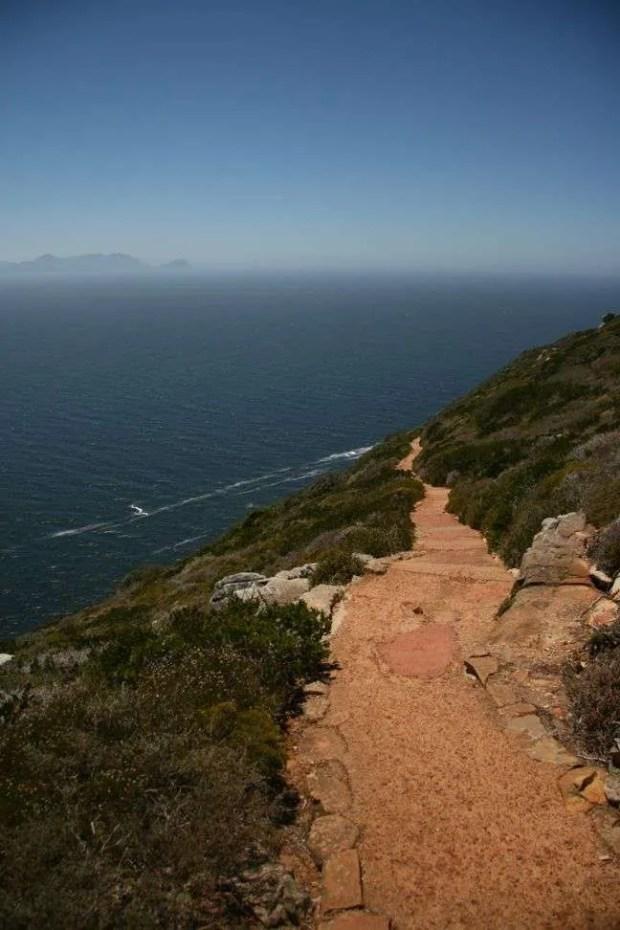 Il sentiero che collega i due fari a Cape Point