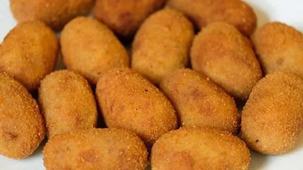 Papas rellenas, ovvero crocchette di patate ripiene di carne