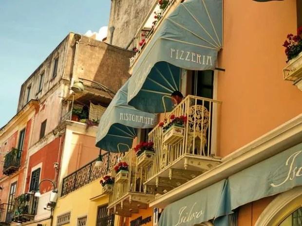 Vacanze a Capri: dove mangiare?