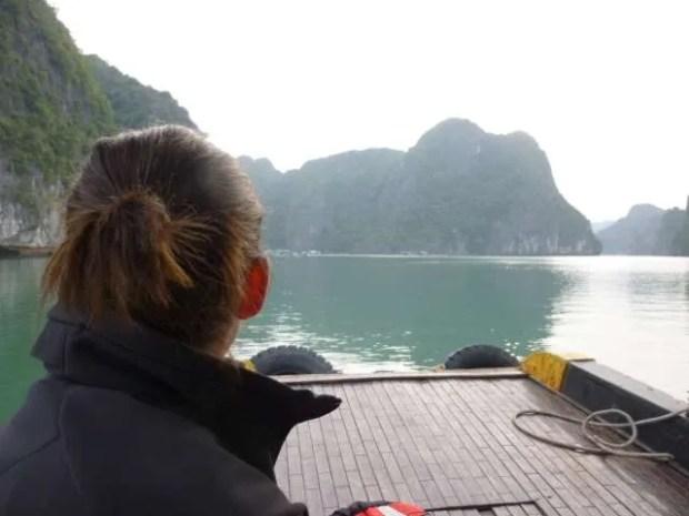 Halong Bay, croce e delizia di ogni viaggiatore