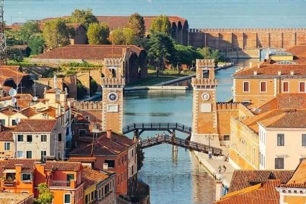 Vista sull'Arsenale di Venezia