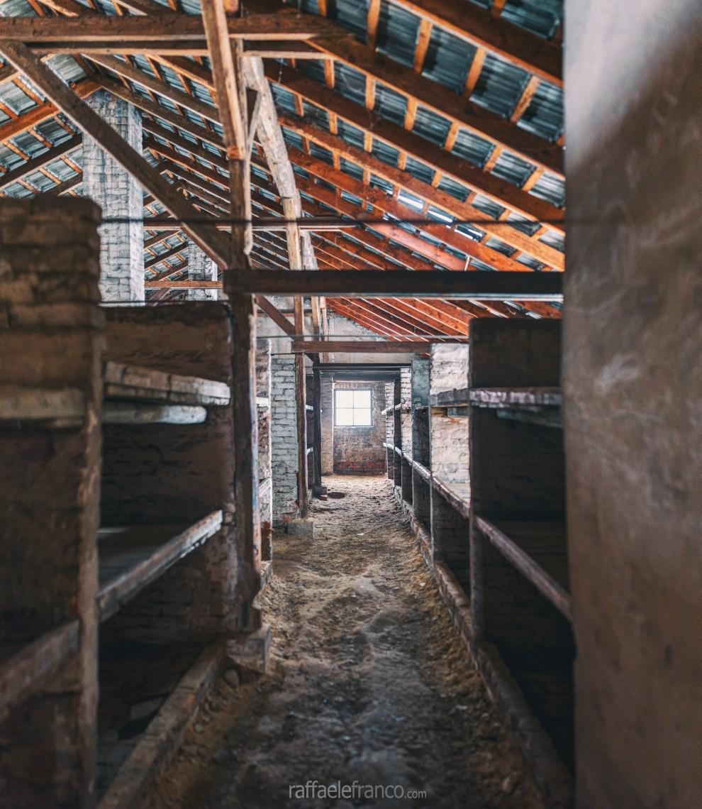 L'alloggio dei prigionieri ad Auschwitz-Birkenau