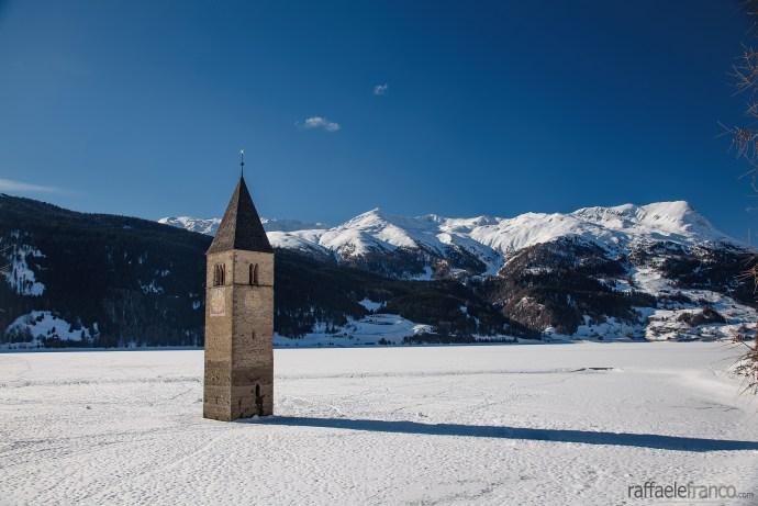 Lago di Resia, Alto Adige, Italia