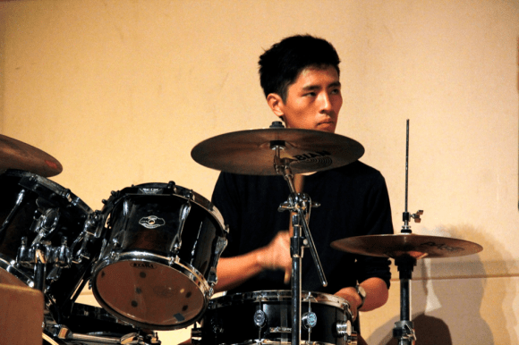 BW's Gordon Kang on the drums during a piano/drums duet with Dean Fu (not pictured).