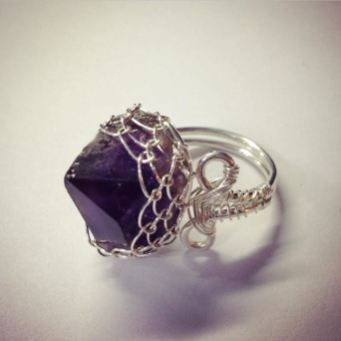 amethyst-point-ring