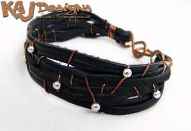 leather-lace-bracelet