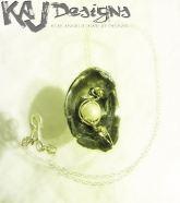 lunar-light-necklace
