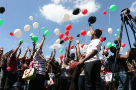 The Palestinian Students Committee held a baloon releasing event at Wits University Libraray Lawns. Before the baloons were released protesters rallied together, chanting for the Israel to be boycotted.