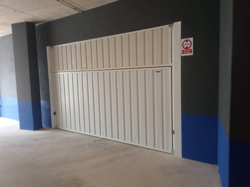 Puerta contrapesada Novoferm CP 10