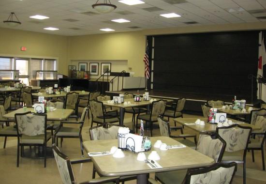 Dining room at Keiro's main campus in Los Angeles. (Rafu Shimpo photo)