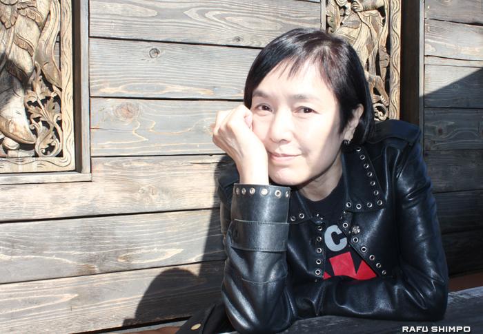 LAを拠点に世界各国の映画に出演し、監督としても活躍する桃井かおり(写真=吉田純子)