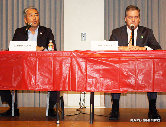 Al Muratsuchi, candidate for the 66th Assembly District, speaks during a debate with incumbent Assemblymember David Hadley in Torrance on Oct. 12. (GWEN MURANAKA/Rafu Shimpo)