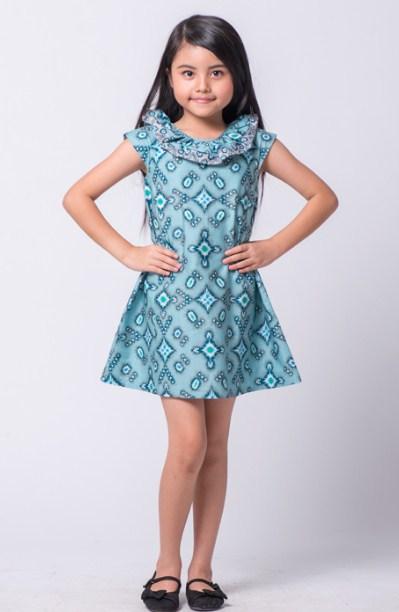 Kreasikan Penampilan Anak dengan Baju Batik  Ragam Fashion